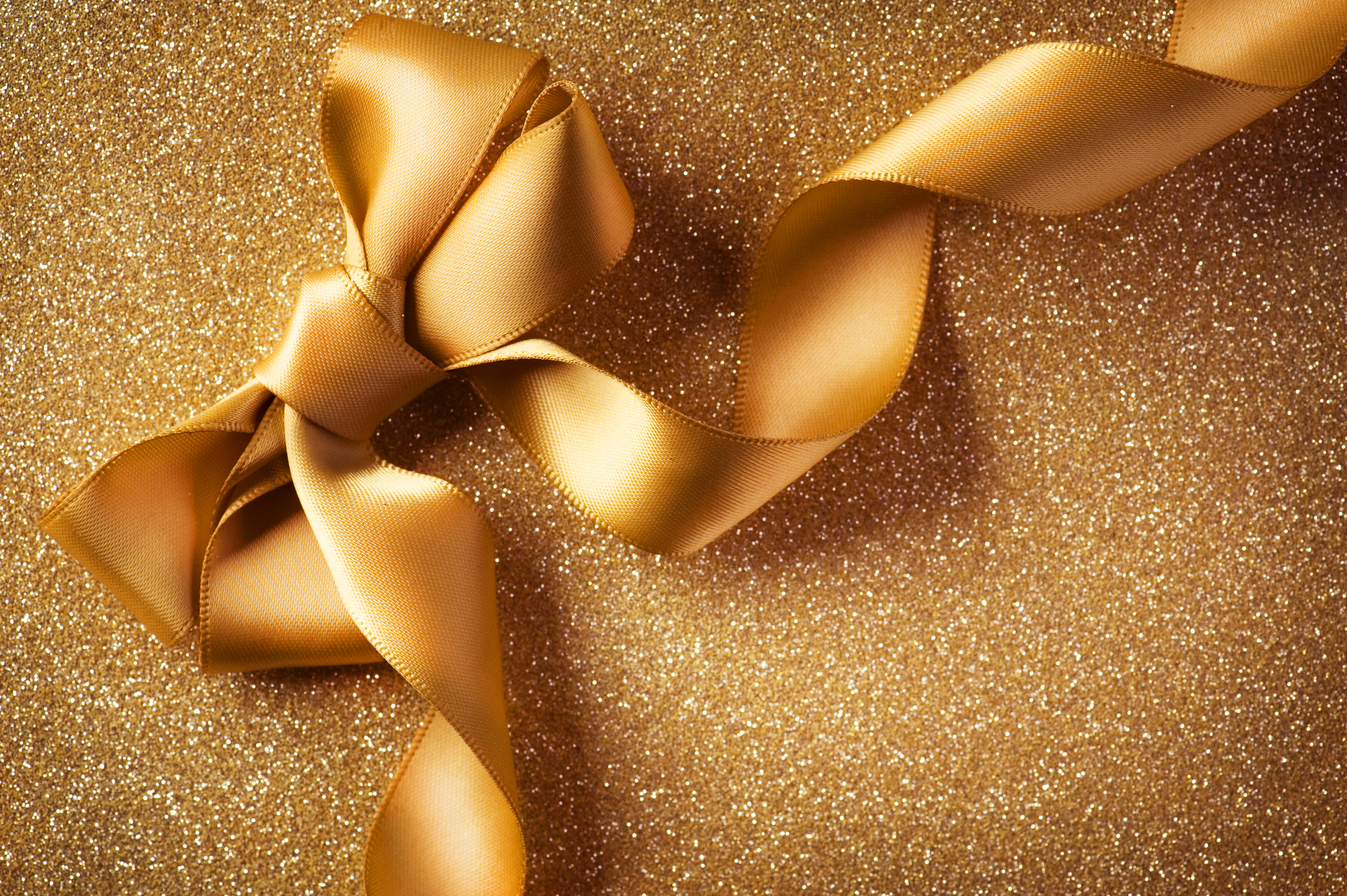 Gold glittery bow